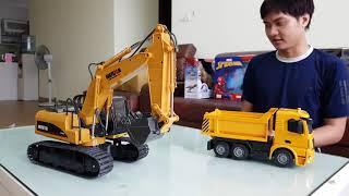 Máy Xúc Huina Toys 550 Điều Khiển Bằng Sắt