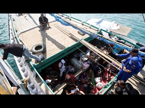 Australian politicians think about shipping unwanted migrants to Canada