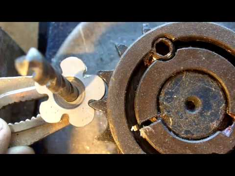 About Radio 76 Antenna Rotator part 8 Cutting a gear by hand for the potentiometer
