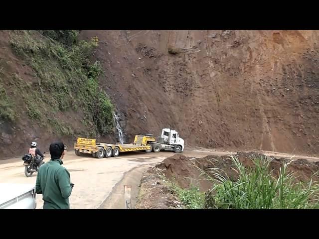 Derrumbe carretera Medellin Uraba Sector Giraldo
