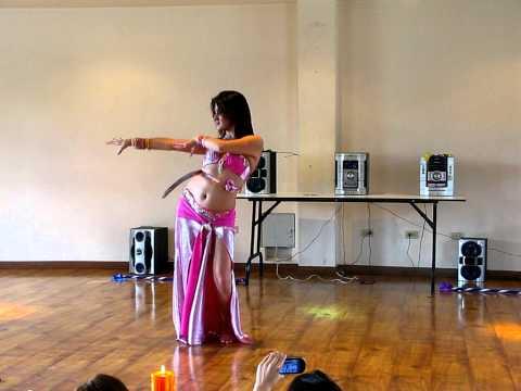 Danza de Sable por Sthefany ! Maestra y bailarina profesional de danza Arabe- Bellypassion Colombia