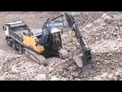 Volvo EC220E crawler excavator:  built to last
