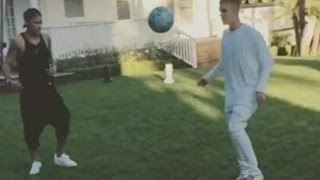 Justin Bieber and Neymar Jr - Playing Football  Freestyle Show 