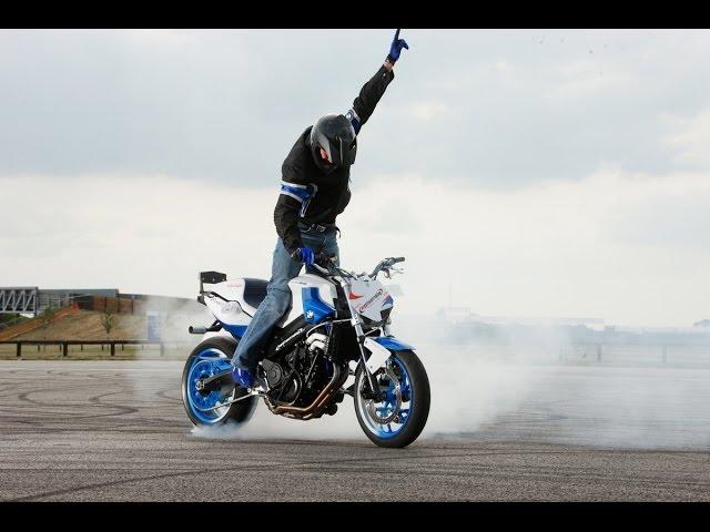 невероятные трюки на мотоциклах /the best stunts on motorbikes