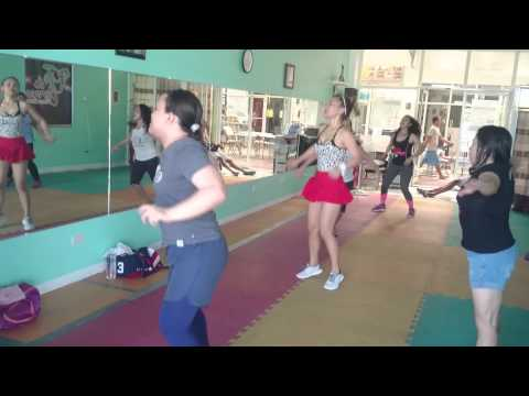 Fit And Curves Moms (monster Winer) W  Zin Claire video