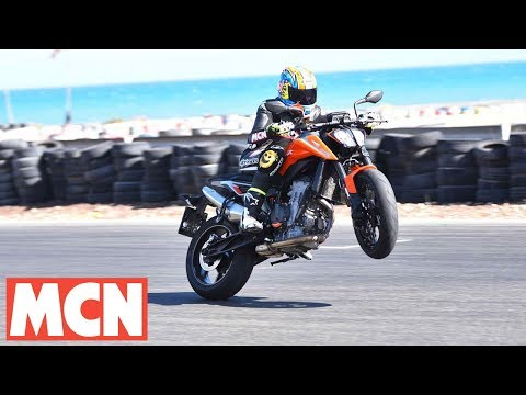 KTM 790 Duke | First Rides | Motorcyclenews.com
