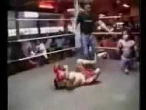 midget fight Video