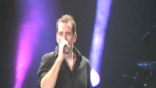 Garou Live in Dnepropetrovsk (23-10-10) - Belle