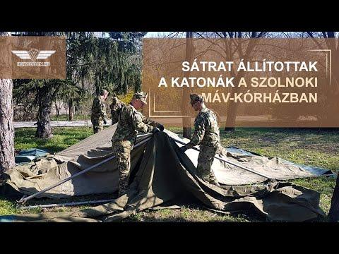 Sátrat állítottak a katonák a szolnoki MÁV-kórházban