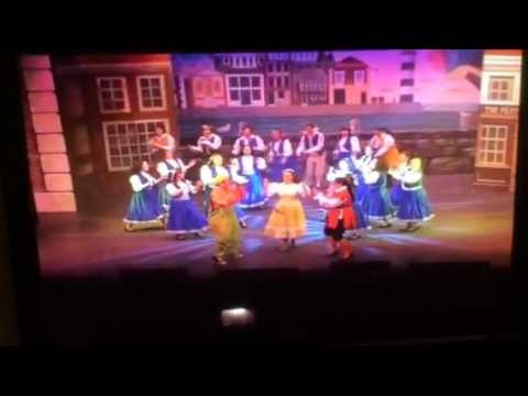 opening number newport pantomime society robinson