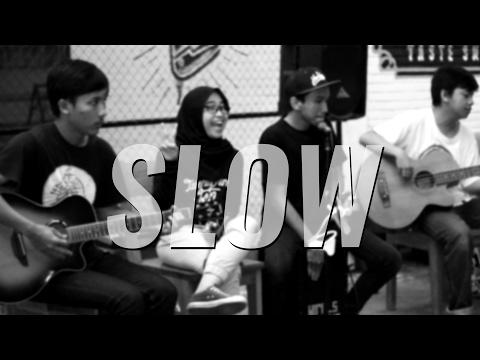 download lagu Slow - Young Lex ft. Gamaliel [Live Acoustic Cover by After School] gratis