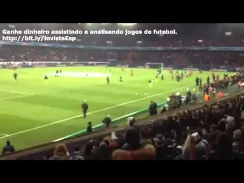 Messi e Daniel Alves dão show de futebol em aquecimento do Barça