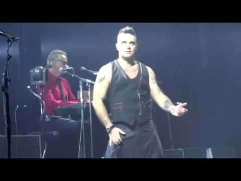 Robbie Williams - Bohemian Rhapsody - 23/10/15 Melbourne HD