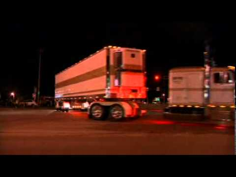 Eau Claire Big Rig Truck Show 2012 (Light Parade)