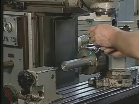 Telecurso 2000   Processos de Fabricacao   46 Fresando com o aparelho divisor