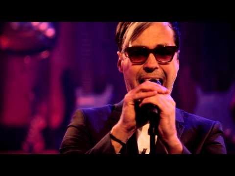 Fitz And The Tantrums - The Walker (Live @ Guitar Center, 2013)