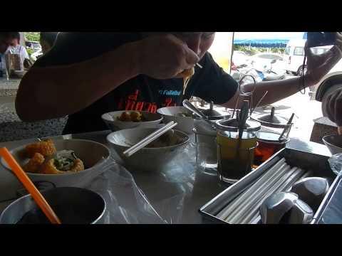 ก๋วยเตี๋ยวเรืออยุธยากินกันไปยังไงคนละ 3-4 ชาม eat Ayutthaya Noodle on The Boat
