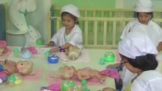 Trò chơi bác sĩ chăm sóc em bé, PA channel trải nghiệm làm bác sỹ nhi tại Kizciti quận 4