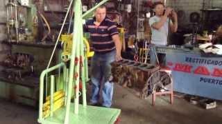 Mini grúa hecha en el taller