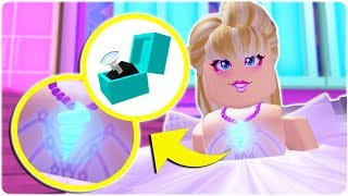 HOW TO GET THE EXCLUSIVE ROYALE HIGH DIAMOND RING AND MOOD CHANGING NECKLACE | ROBLOX | Royale High