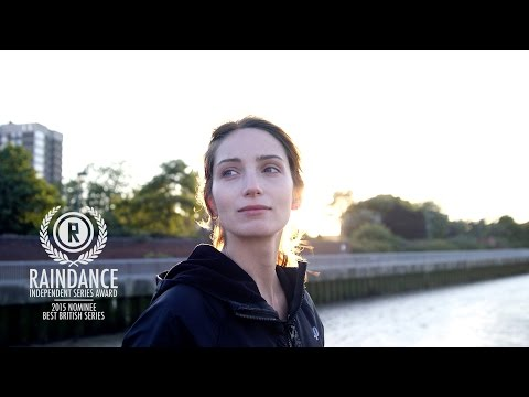 Rowing on the River Thames in East London: Nadia French Londoner #101
