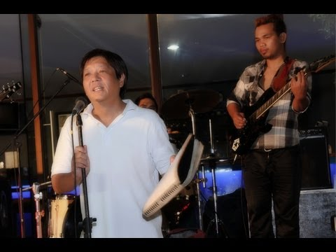 Sen. Bongbong Marcos - Birthday celebration with Senate media 13-Sep-2013)