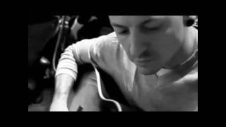 Watch Linkin Park The Messenger video