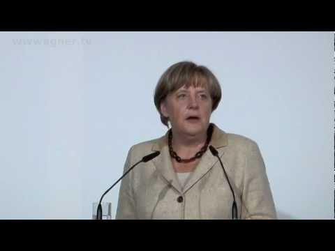 Angela Merkel: Zeitungen sind Kulturgüter
