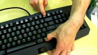 Razer Black Widow Ultimate 2013 Mechanical Keyboard Unboxing & First Look Linus Tech Tips