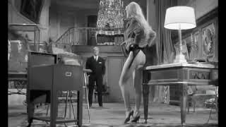 La Scène Censurée De Brigitte Bardot Dans En Cas De Malheur 1958