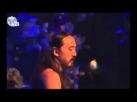 Steve Aoki - No Beef & Pursuit Of Happiness (tomorrowland 2012) video