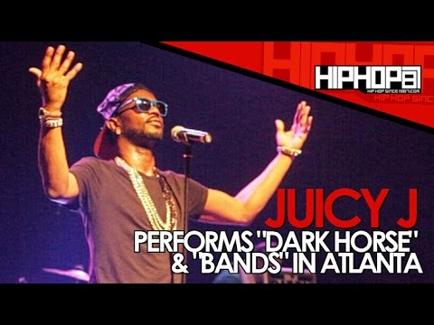 """Juicy J Performs """"Dark Horse"""" & """"Bands"""" During The Muddy Water & Colt 45 Concert (Video)"""