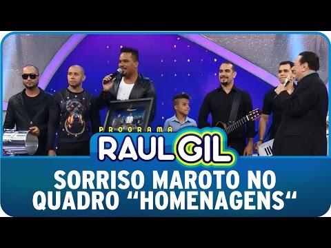 Programa Raul Gil (25/04/15) - Sorriso Maroto no quadro ''Homenagens''