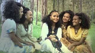 Zenawi H/maryam - denshilgn ደንሺልኝ New Ethiopian Traditional Music2015 (Official Video)