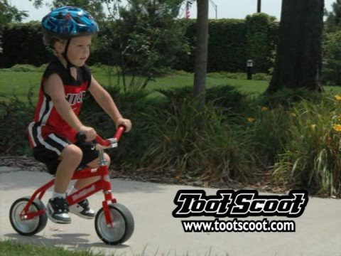 Teaching a kid to ride a BIke - TootScoot