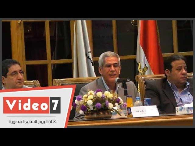 عميد آداب عين شمس: ما تقدمه الكلية من دعم معنوى للمتفوقين أضعف الإيمان