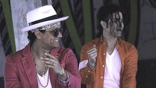 Download lagu Bruno Mars Dancing with Michael Jackson? Impersonators