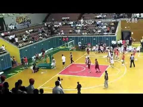 Basketball brawl Foshan (China) vs. Australia (2011/10/18) 佛山vs.澳洲虎上演全武行