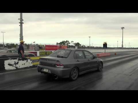Evo IX 800+awhp Built 2.2ltr GT3794 vs R35 GTR 585awhp Stock Turbos