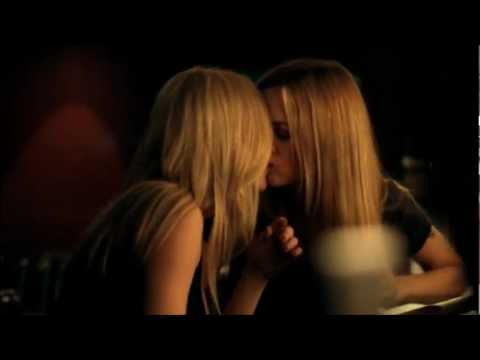 Love & Kisses 41 (Lesbian MV)
