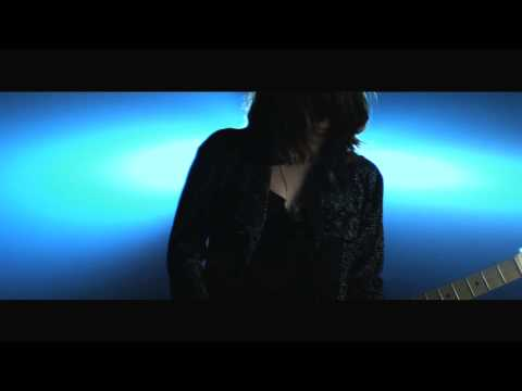 Blood Red Shoes - Colours Fade (official Blood Red Shoes video)