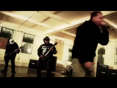 TERROR - Betrayer (OFFICIAL VIDEO)