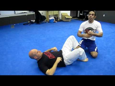 jiu-jitsu epic guard break Image 1