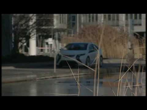 New Opel Ampera 2011 Driving