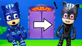 What is inside the PJ Masks Lunchbox Surprise is it Scooby or Coco?