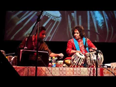 Ustad Tari Khan And Nafees Ahmed Tabla Solo video