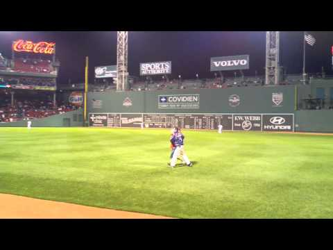Drunk Red Sox fan gets absolutely leveled, 5/2/11