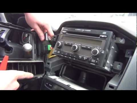 GTA Car Kits - Honda Pilot 2003-2008 install of iPhone. iPod and AUX adapter for factory stereo