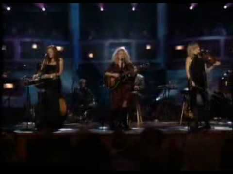 Travelin Soilder Live - Dixie Chicks