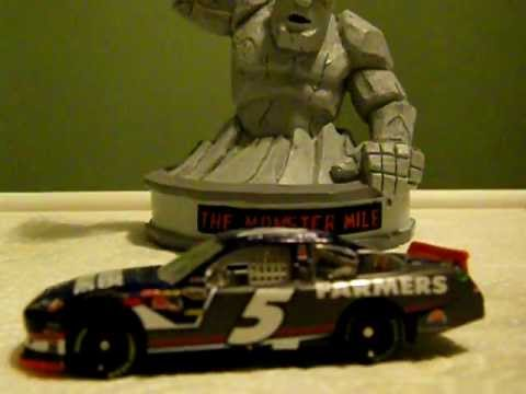 Kasey Kahne 2012 Farmers Insurance Group Chevy Diecast Review